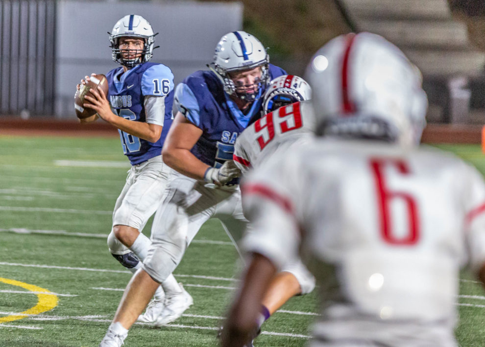 Saugus football downs Royal