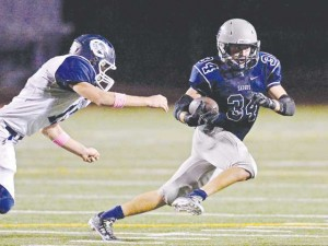 Saugus falls on blocked field goal