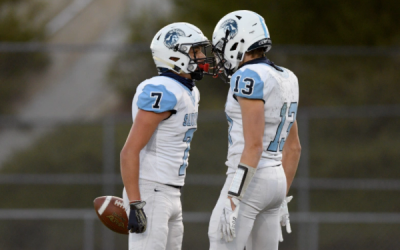 Saugus football tops Valencia to claim first outright Foothill League title since 2008
