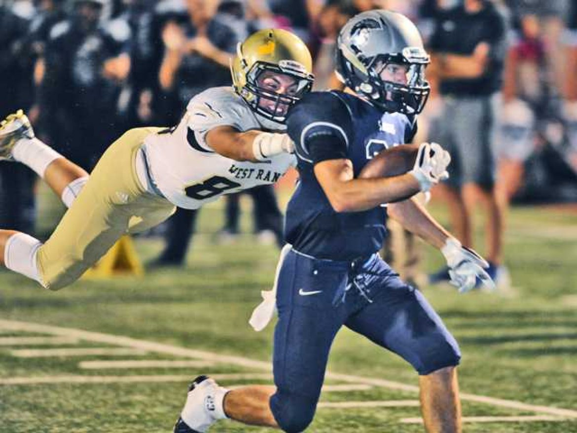 Saugus football leaves no doubts