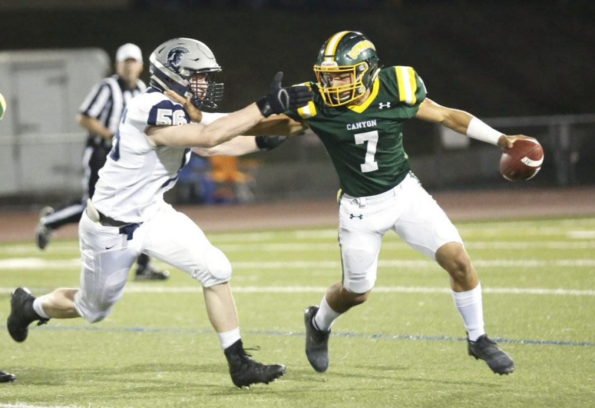 Canyon football nabs first Foothill League win with victory over Saugus